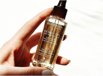 Vyzkoušeno na vlastní kůži (vlasech): Alterna Bamboo Smooth suché oleje